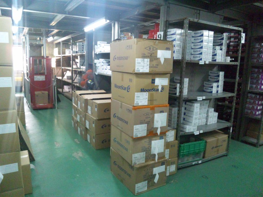 倉庫内作業